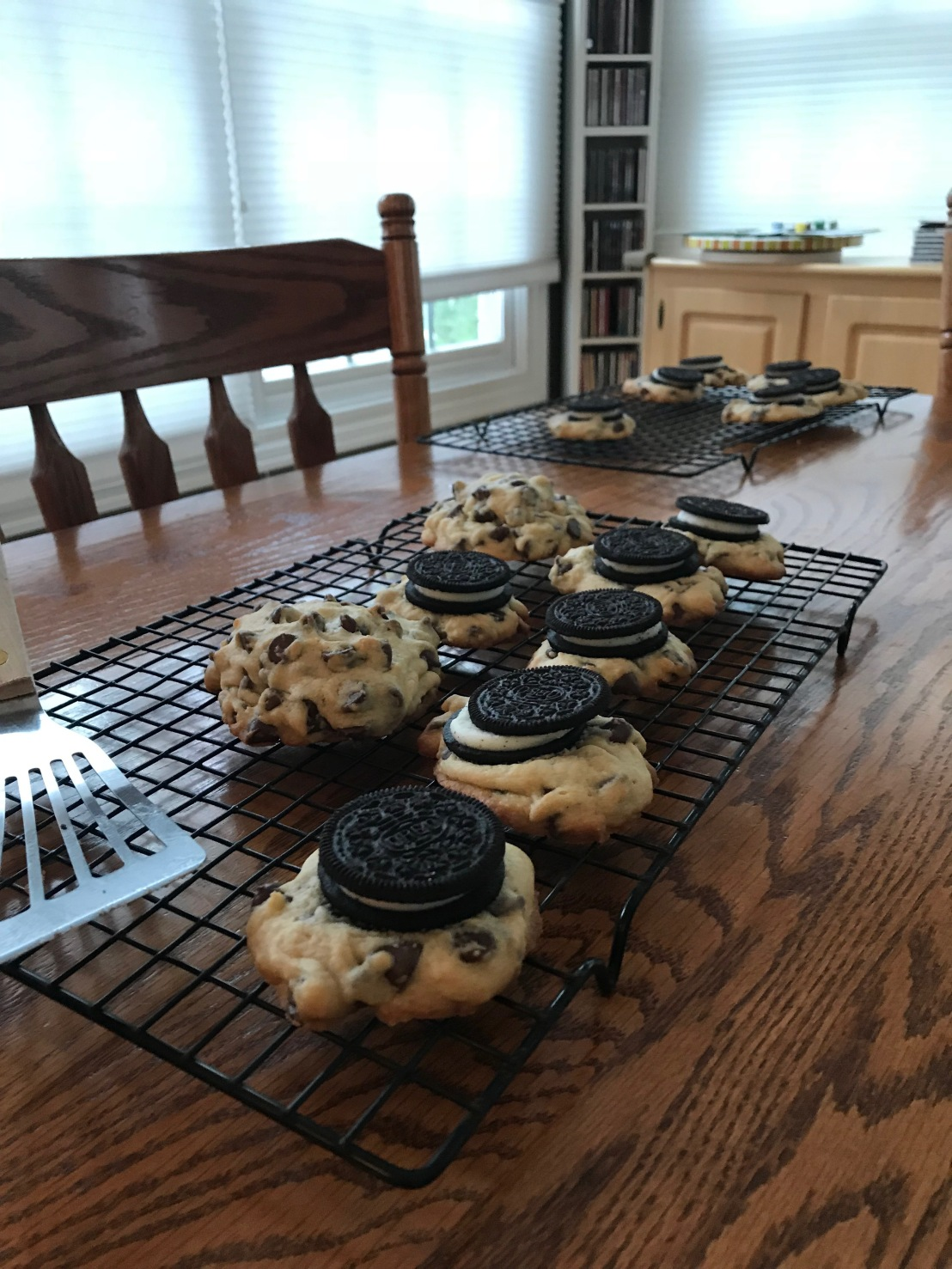 Baking Chronicle No. 31: Oreo-Stuffed Chocolate Chip Cookies!