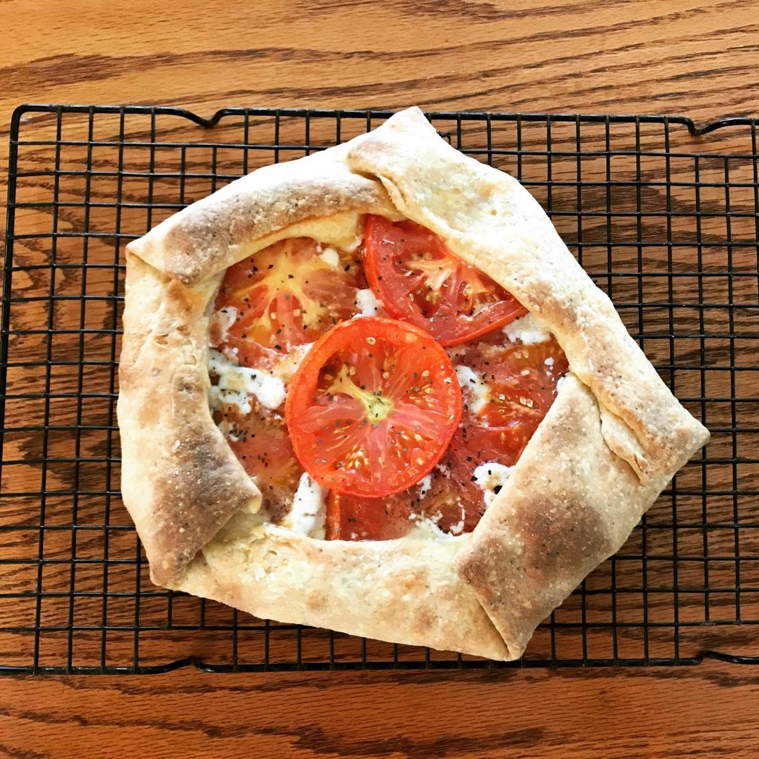 Baking Chronicle No. 59: Savory TomatoGalette!